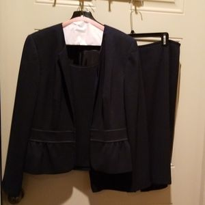 Navy line suit with shell and skirt
